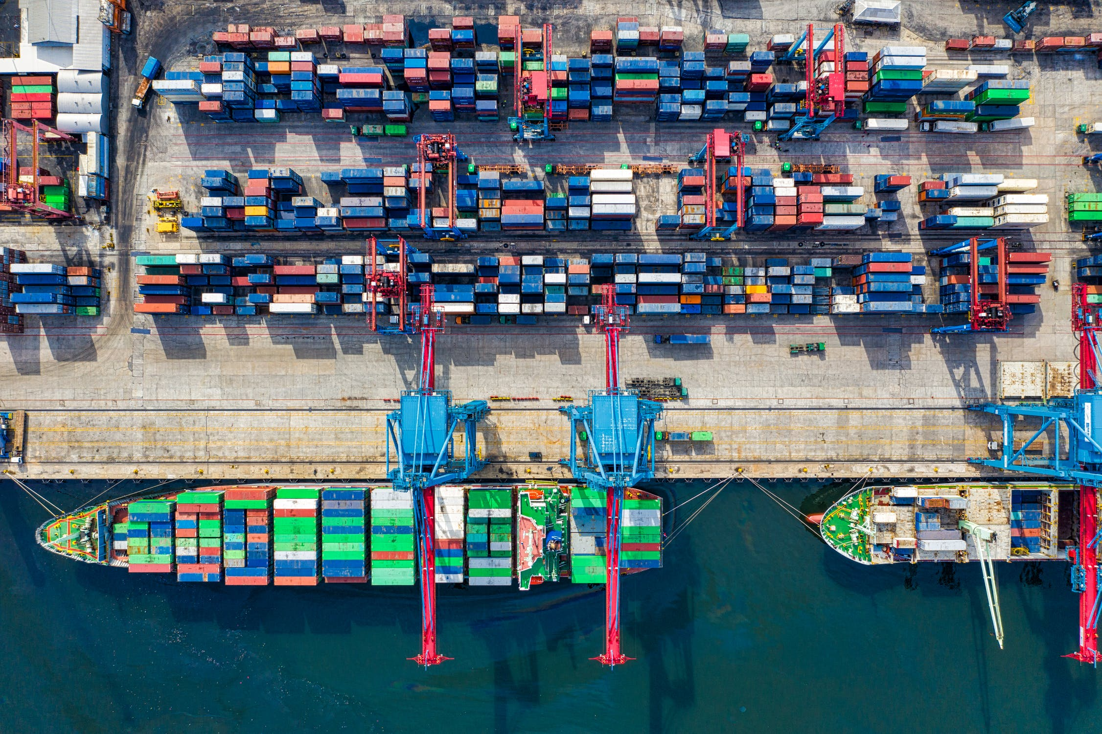 Reasons You Should Engage a Customs Broker